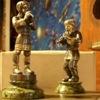 Парная серебряная скульптура «Два дударя»